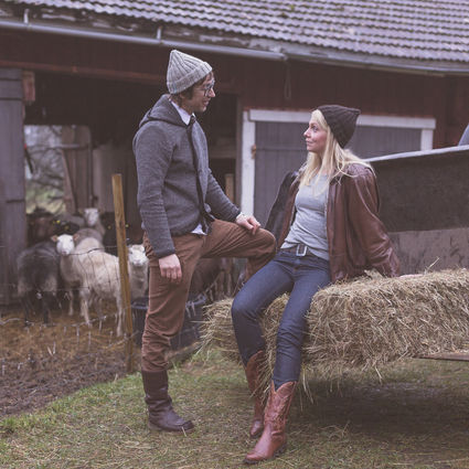 Hand made organic Finnsheep wool beanie, Farmesters - Metsästäjä. 100% naturally dyed.