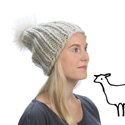 Myssy Luksus - Nikolai. Hand made beanie of the organic Finnsheep wool with the ethical sheep fur pompom.