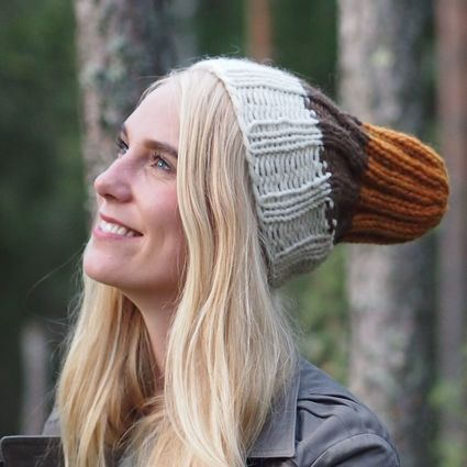 In the Woods -  Pihlaja, naturally dyed beanie
