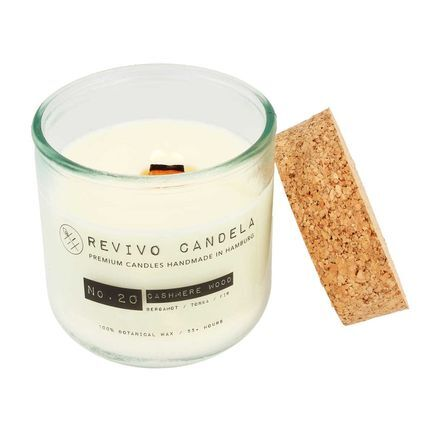 Revivo Candela scented soy wax candle burning flame