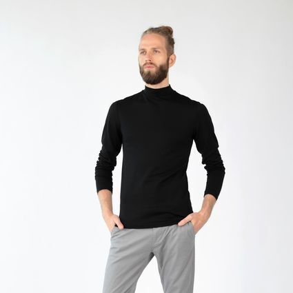 Mock turtleneck sweater in merino