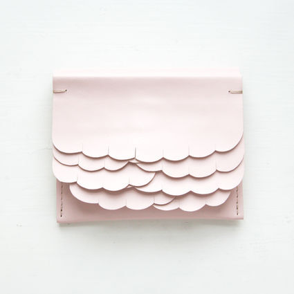 While wallet Pink